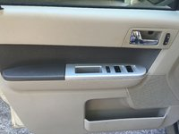 Picture of 2011 Mercury Mariner Premier, interior