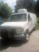 2002 Ford E-350 Overview