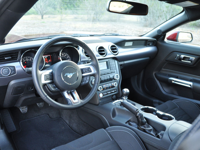 2015 Ford Mustang GT, interior, gallery_worthy