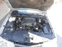 Picture of 2002 Lincoln Town Car Executive, engine