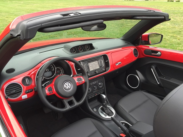 2015 Volkswagen Beetle, Interior from the driver's side, interior, gallery_worthy