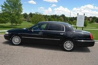 Picture of 2005 Lincoln Town Car Executive L, exterior