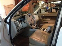 Picture of 2010 Mercury Mariner Premier, interior, gallery_worthy