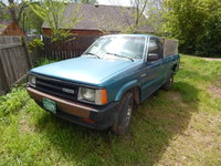 1993 Mazda B2000 Overview