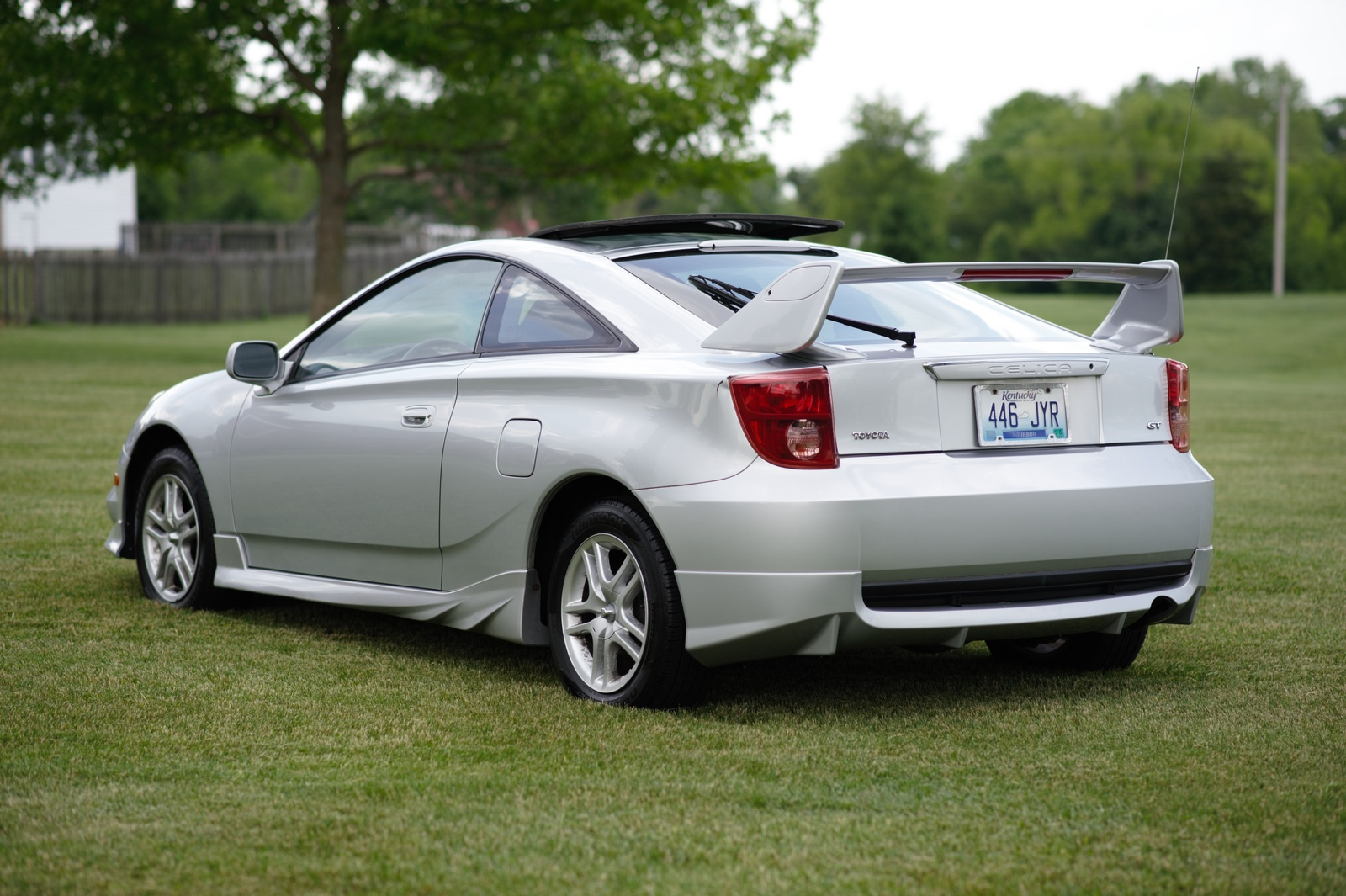 2004 toyota celica overview cargurus. Black Bedroom Furniture Sets. Home Design Ideas