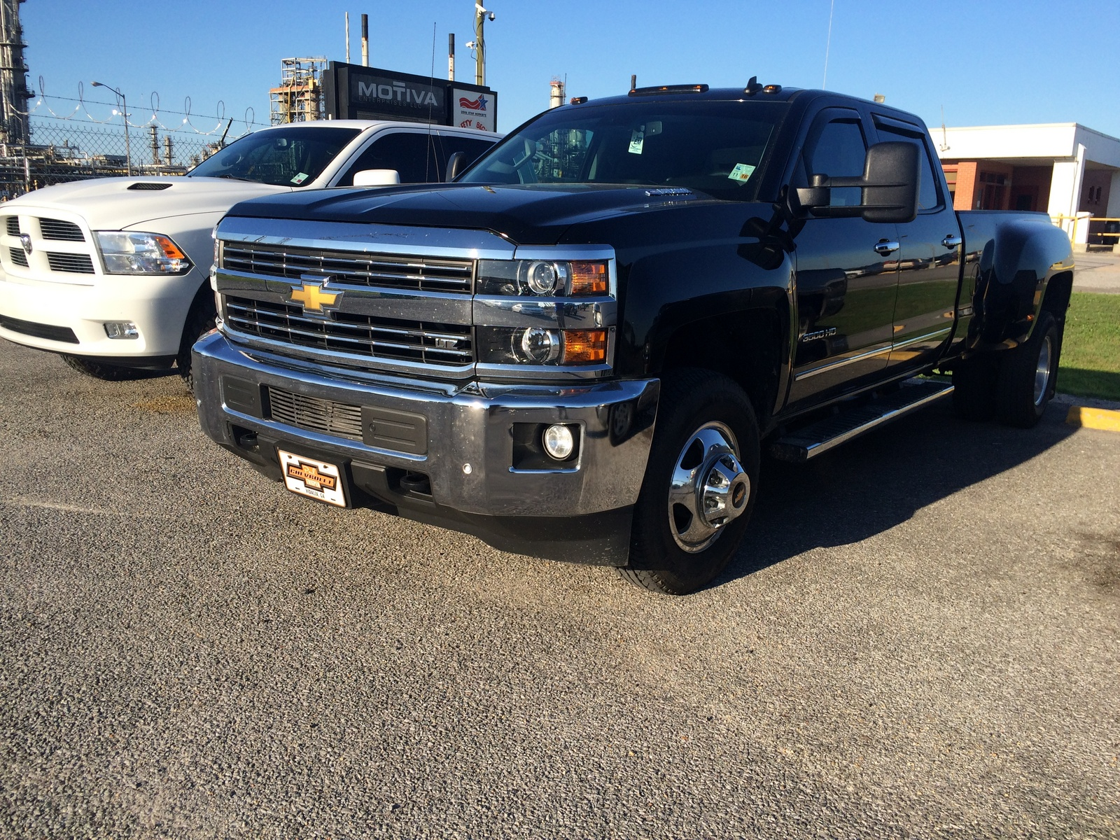 2014 silverado 3500 hd ltz crew cab pictures to pin on pinterest. Black Bedroom Furniture Sets. Home Design Ideas