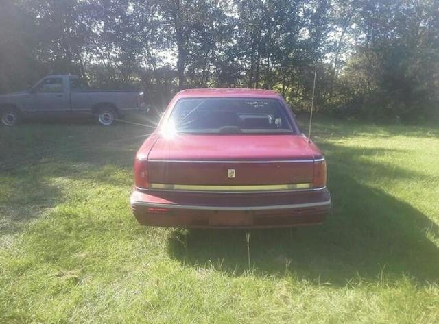 Picture of 1992 Oldsmobile Ninety-Eight 4 Dr Regency Sedan