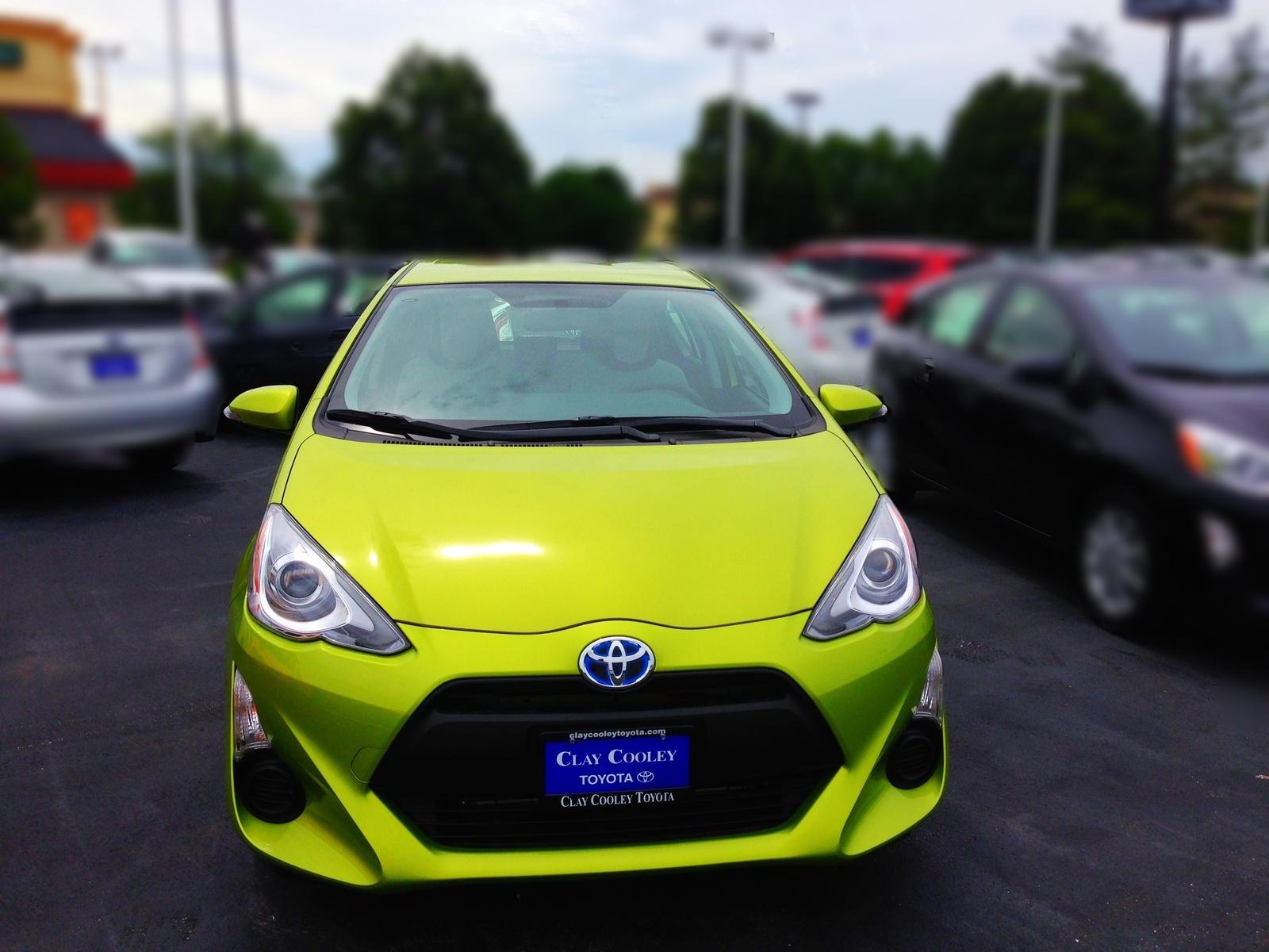 Picture of 2015 Toyota Prius c