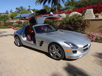 2011 Mercedes-Benz SLS-Class Picture Gallery