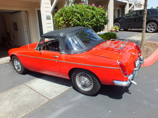 Picture of 1964 MG MGB
