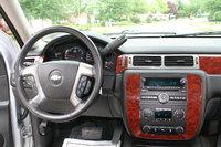 Picture of 2013 Chevrolet Suburban LS 1500 4WD, interior
