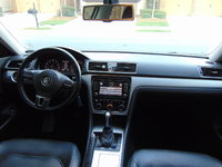 Picture of 2012 Volkswagen Passat SE, interior, gallery_worthy