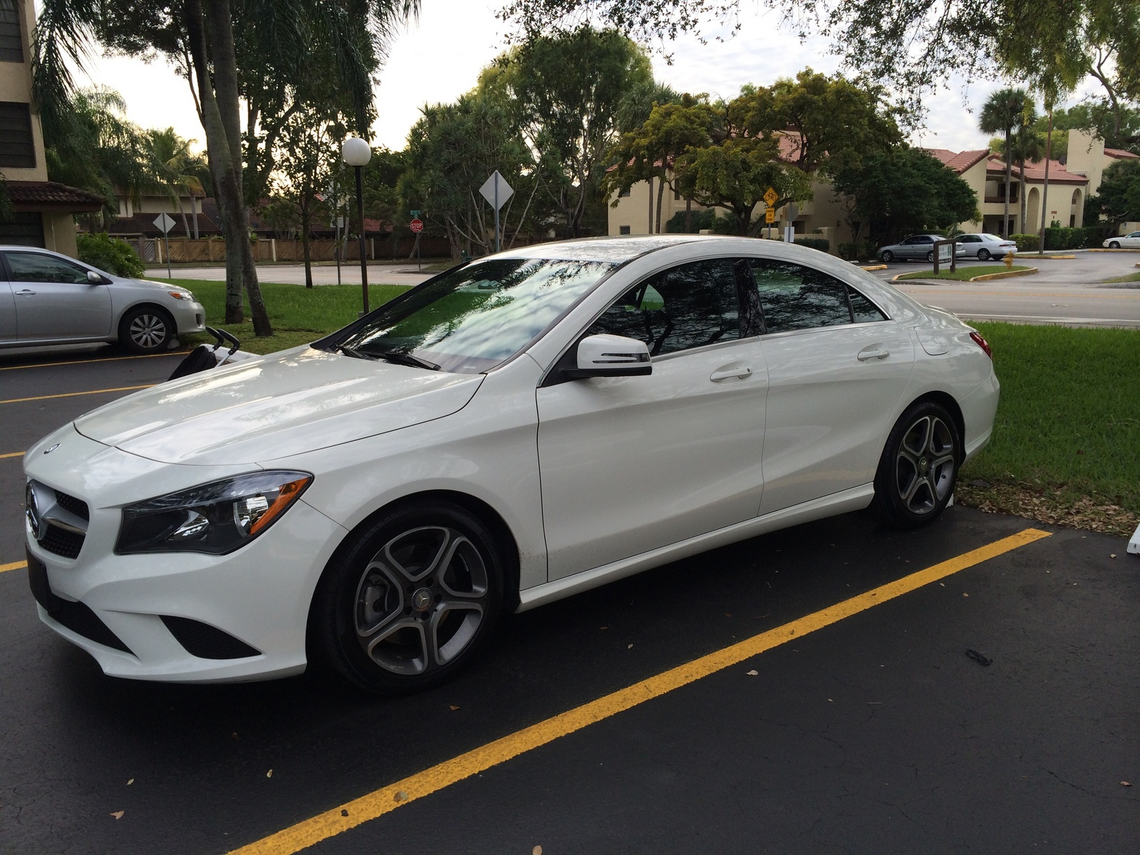 2014 mercedes benz cla class pictures cargurus for Mercedes benz cla 350