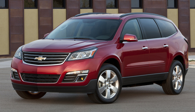 2016 Chevrolet Traverse, Front-quarter view. Copyright General Motors, exterior, manufacturer