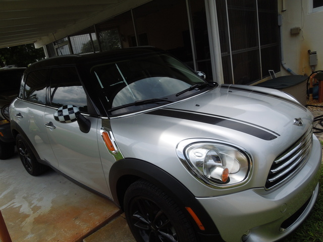 Foto de un 2012 MINI Countryman FWD