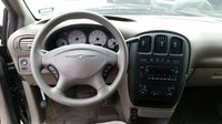 Picture of 2003 Chrysler Voyager, interior
