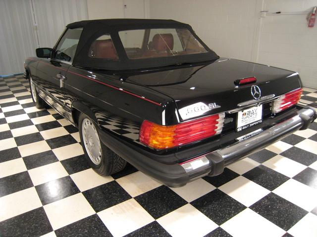 Foto de un 1988 Mercedes-Benz SL-Class