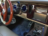 Picture of 1991 Buick Park Avenue 4 Dr Ultra Sedan, interior, gallery_worthy