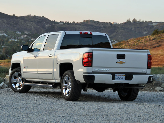 2015 chevrolet silverado 1500 test drive review cargurus. Black Bedroom Furniture Sets. Home Design Ideas