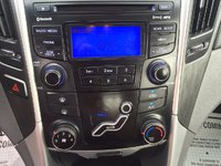 Picture of 2013 Hyundai Sonata 2.0T SE, interior, gallery_worthy