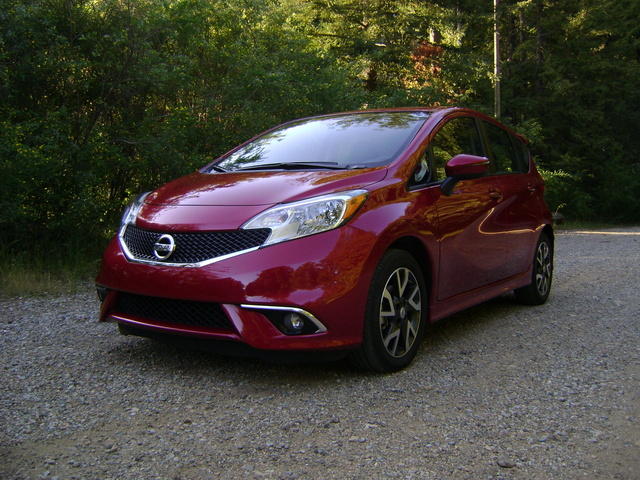 Picture of 2015 Nissan Versa Note, exterior