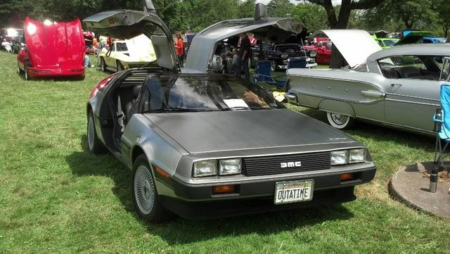 Picture of 1983 Delorean DMC-12