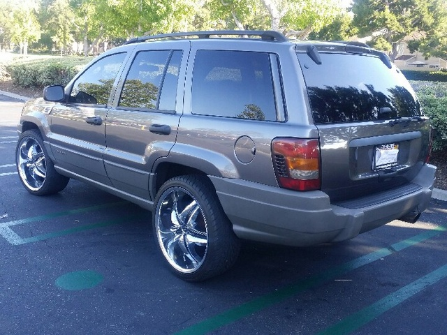 picture of 2002 jeep grand cherokee laredo exterior. Cars Review. Best American Auto & Cars Review