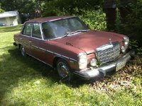 1974 Mercedes-Benz 280 Picture Gallery