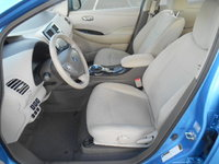 Picture of 2012 Nissan Leaf SV, interior