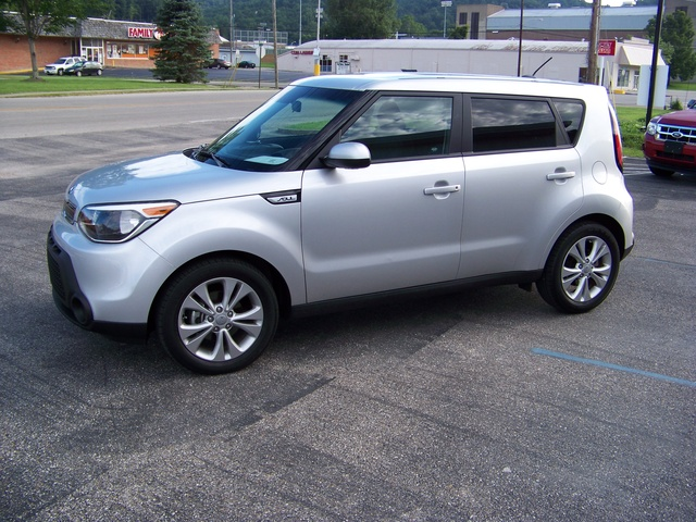 2015 kia soul pictures cargurus. Black Bedroom Furniture Sets. Home Design Ideas