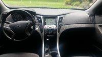 Picture of 2012 Hyundai Sonata SE, interior, gallery_worthy