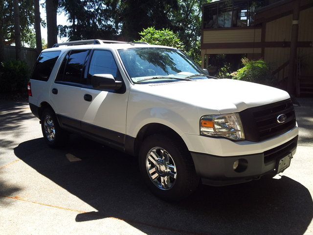 2011 ford expedition pictures cargurus. Black Bedroom Furniture Sets. Home Design Ideas