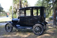 1917 Ford Model T Overview