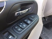 Picture of 2014 Chrysler Town & Country Touring-L, interior, gallery_worthy