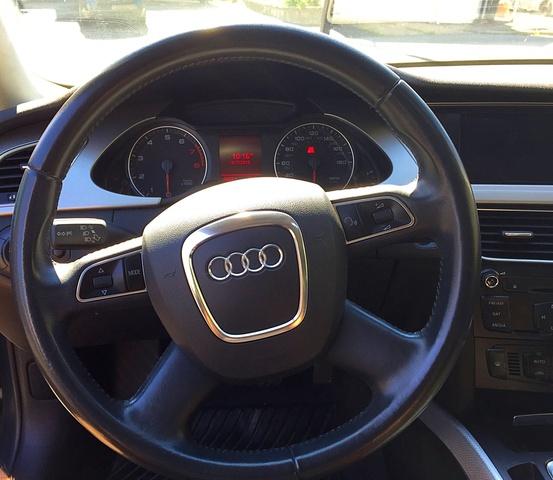 Used Audi A4 Quattro: 2010 Audi A4