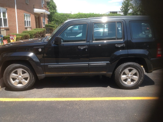 of 2012 jeep liberty sport berkoo owns this jeep liberty check it out. Black Bedroom Furniture Sets. Home Design Ideas