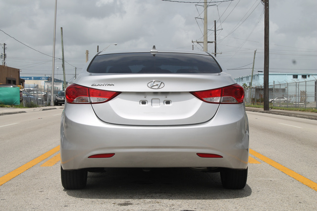 Picture of 2011 Hyundai Elantra