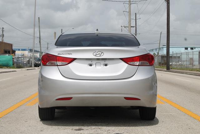 Foto de un 2011 Hyundai Elantra