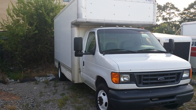 Picture of 2006 Ford E-350