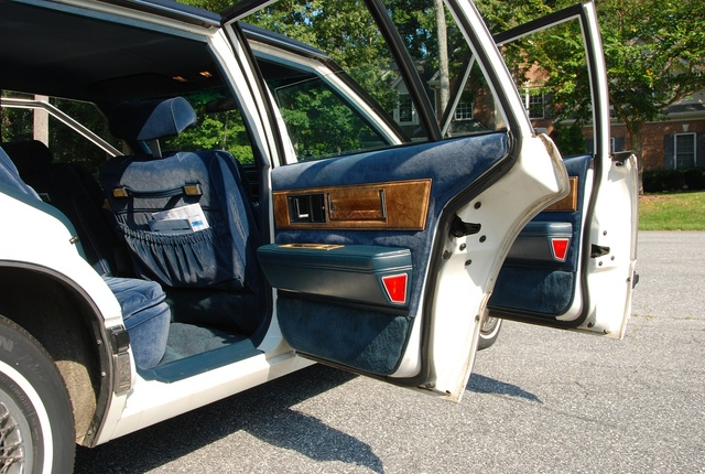 Picture of 1985 Buick Electra Park Avenue Sedan FWD, interior, gallery_worthy