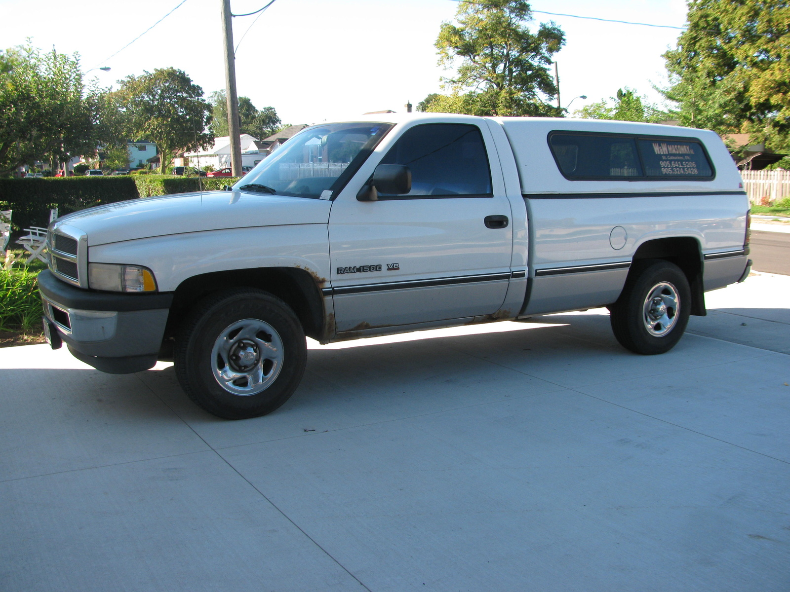I have a 1997 dodge ram 1500 v i n 1b7hc16yxvj619560 2 w d can you tell what the common factory transmission was