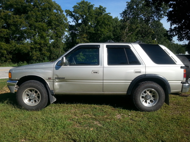Picture of 1995 Honda Passport 4 Dr EX 4WD SUV