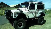 1999 Land Rover Defender Overview