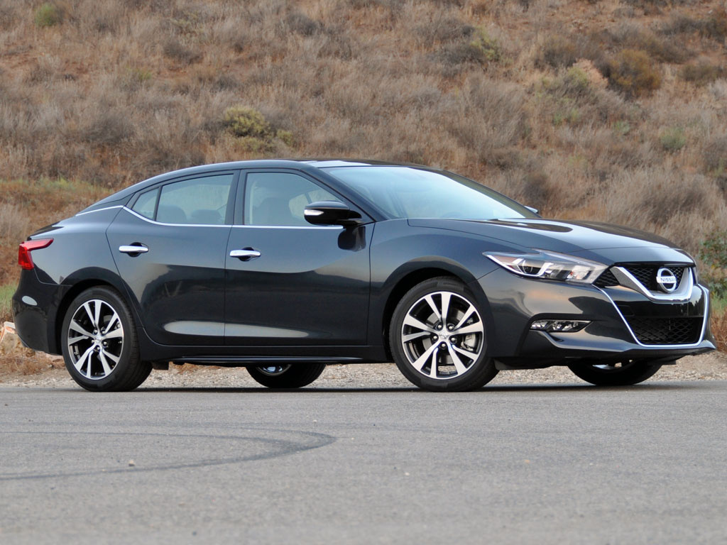 2016 Nissan Maxima SL in Storm Blue