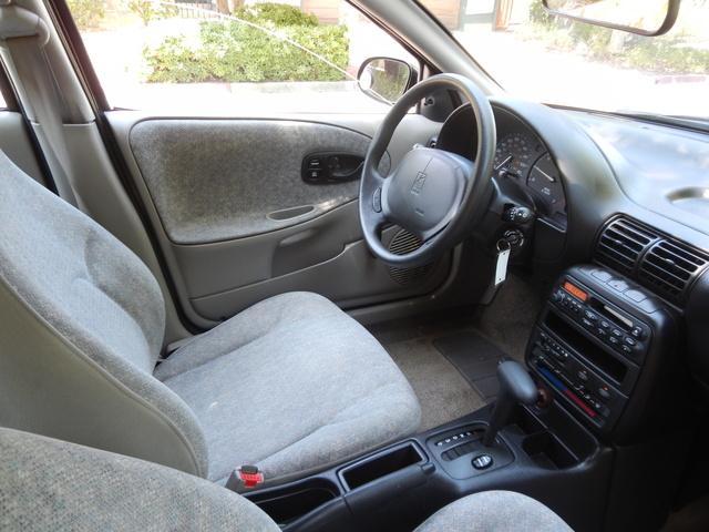 Saturn S Series Dr Sl Sedan Pic X