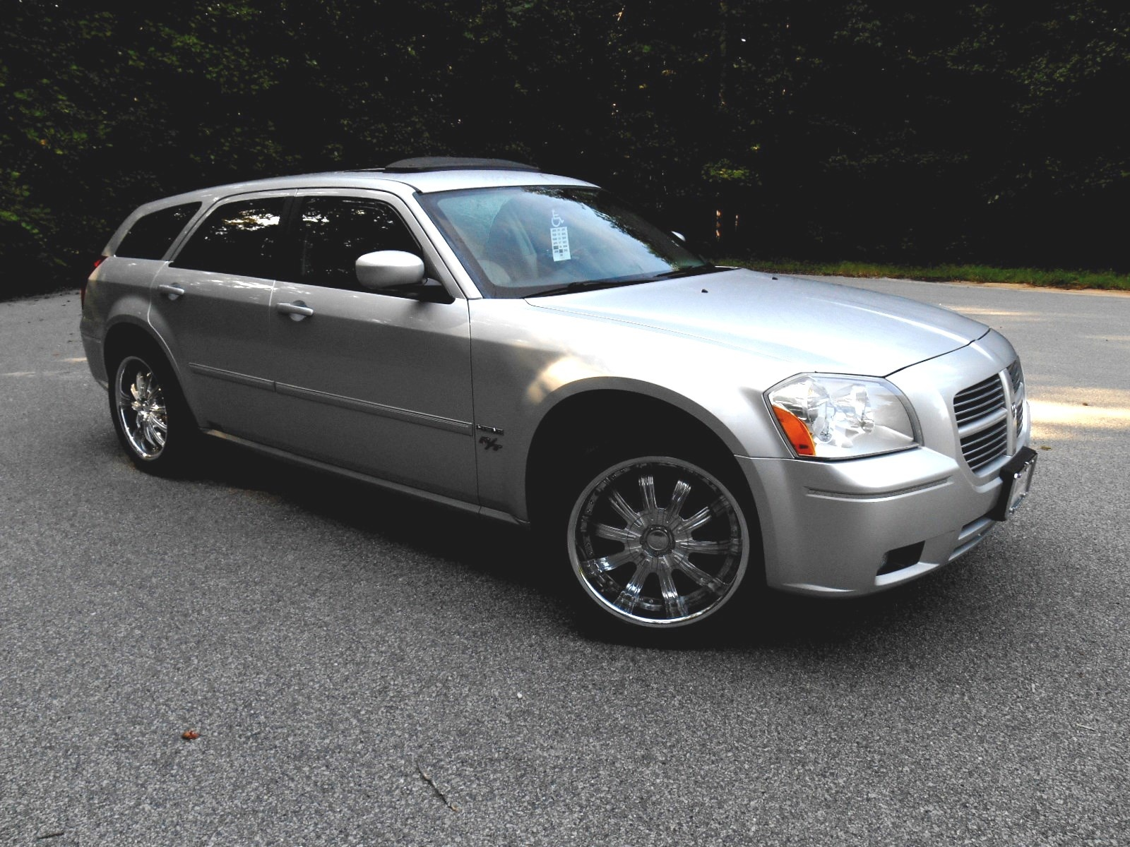 Dodge Magnum Questions - I have a dodge magnum rt 2007 and it turns