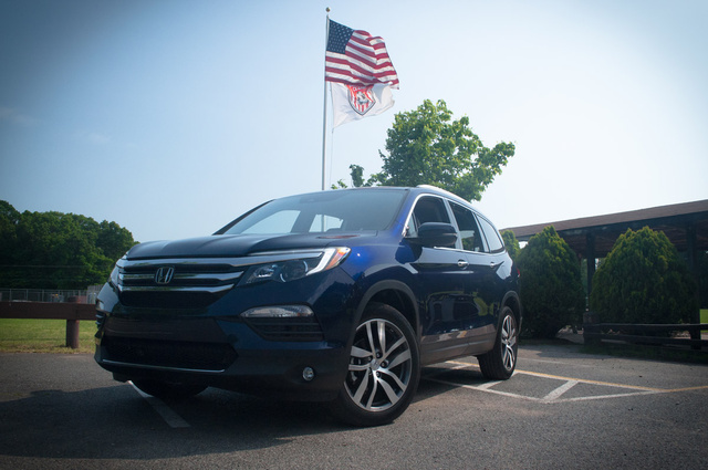 Picture of 2016 Honda Pilot, exterior