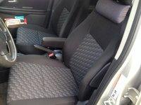 Picture of 2004 Suzuki Vitara 4 Dr LX 4WD SUV, interior