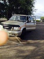 Picture of 1999 Isuzu Trooper 4 Dr S 4WD SUV