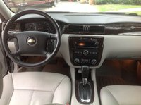 Picture of 2012 Chevrolet Impala LTZ, interior, gallery_worthy